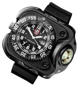 2211  WristLight